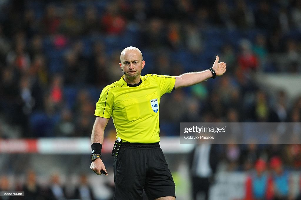 Padraig Sutton the referee of the match during the International Friendly match between Portugal and Norway at Dragao Stadium on May 29, 2016 in Porto, Portugal.