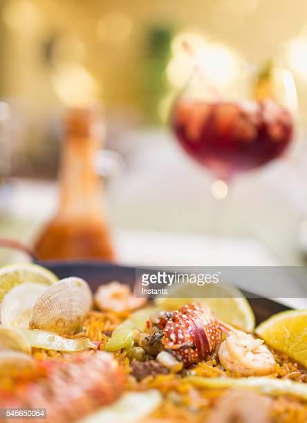 Paella und sangria