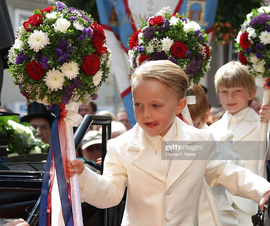 Page Boys attend the wedding ceremony of Prince Alexander zu Schaumburg Lippe and Nadja Anna Zsoeks at the city church on June 30, 2007 in Bueckeburg, Germany.