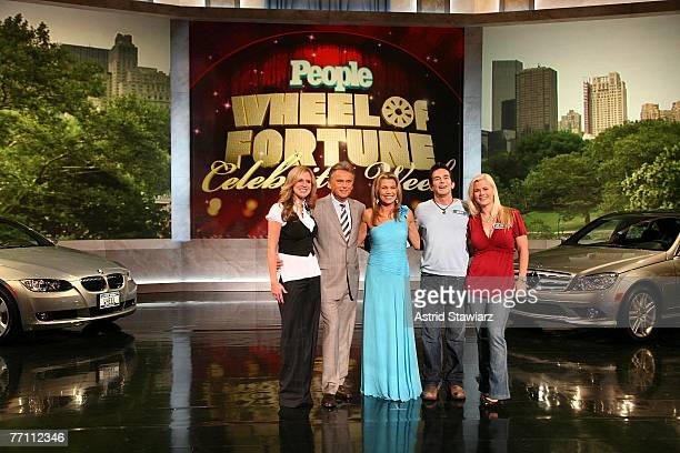 Paige Hemmis hosts Pat Sajak and Vanna White Jeff Probst and Alison Sweeney pose for photos during a taping of 'Wheel Of Fortune Celebrity Week'...