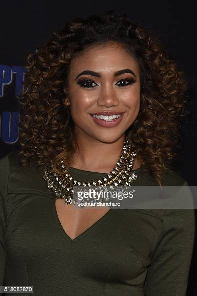 Paige Hurd Nude Photos 57