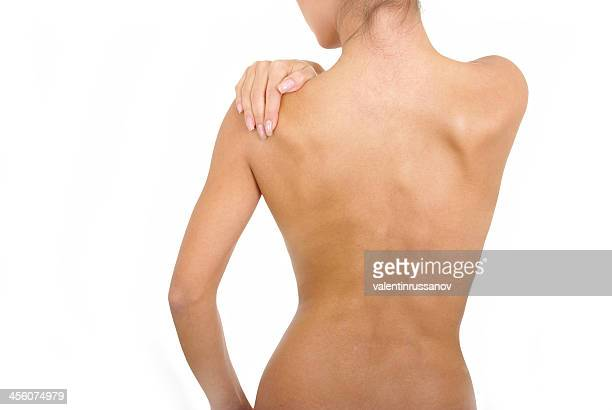 Dolore mano su una spalla