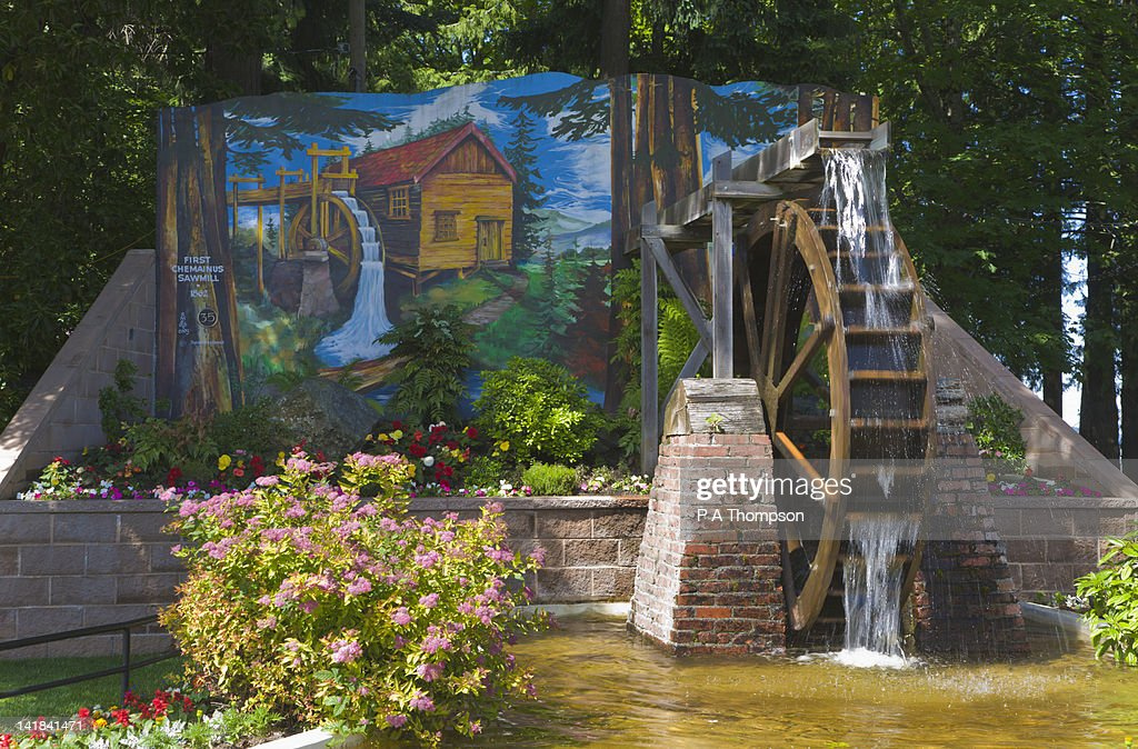 painted wall mural and water wheel chemainus vancouver