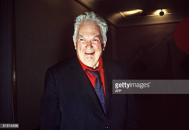 US painter and sculptor Alexander Calder smiles to the photographer 10 October 1968 during a preview at a Paris art gallery Calder's first exhibition...
