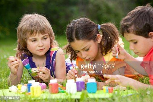 Peindre les enfants : Photo