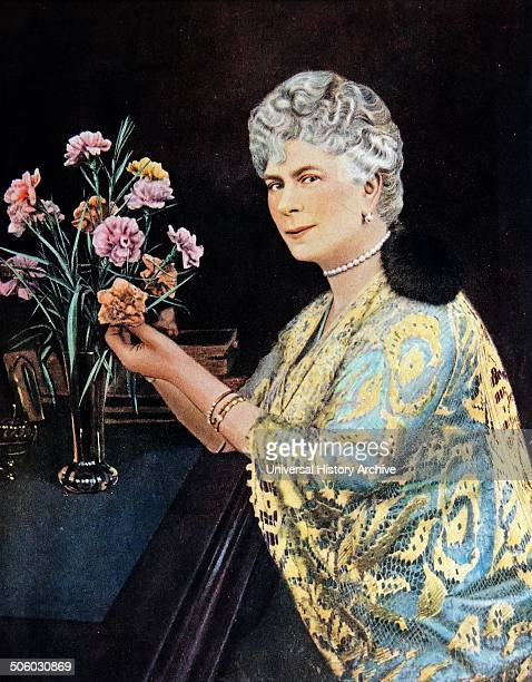 Painting of Mary of Teck Mary of Teck was Queen of the United Kingdom and wife of KingEmperor George V Dated 1923