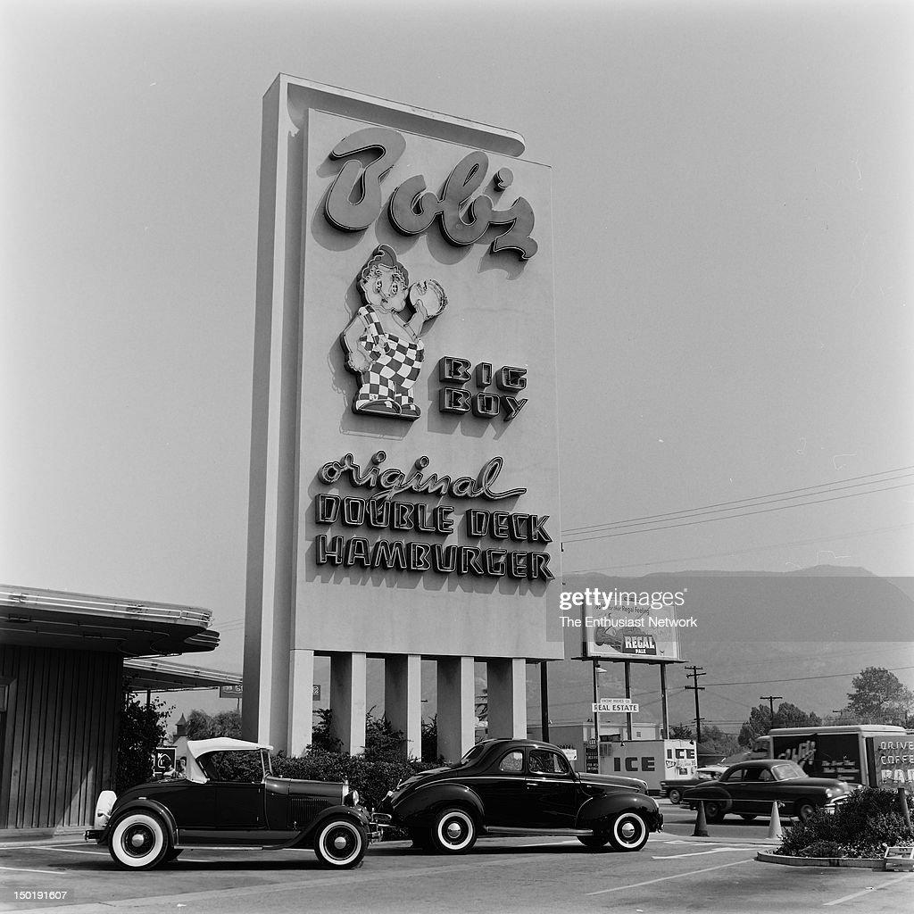 A pair of Don Bartlett Ford Customs at the first Bob's Big Boy restaurant built in Burbank California