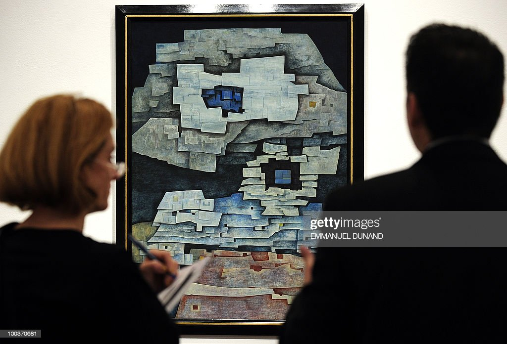 'Paisaje de Papantla' by Gunther Gerzso is on display during a preview of Christie's Latin American Art auctions, May 24, 2010 in New York. Christie's will hold its Latin American Art auctions on May 26 and 27, 2010. AFP PHOTO/Emmanuel Dunand