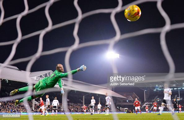 Pajtim Kasami of Nottingham Forest scores the 1st goal during the Sky Bet Championship match between Fulham and Nottingham Forest at Craven Cottage...