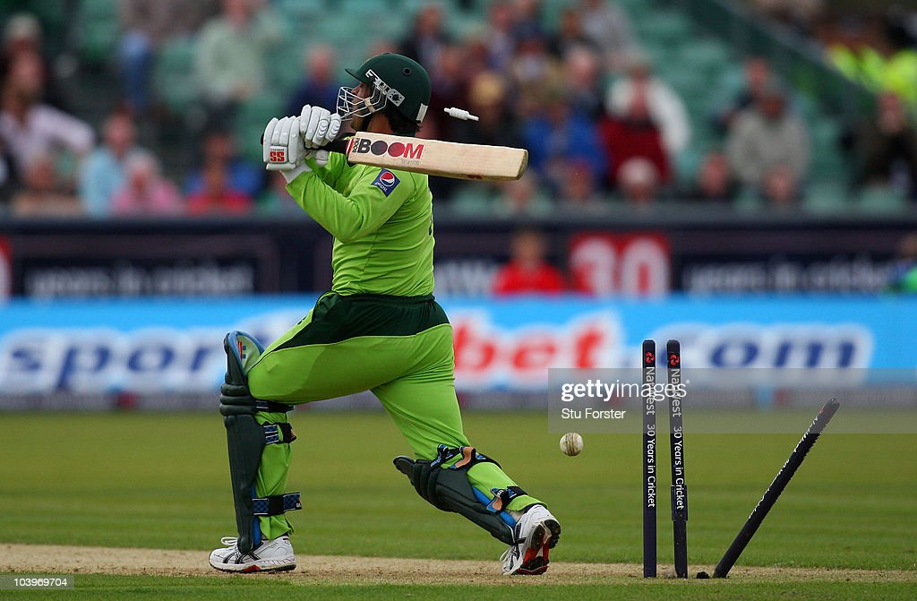 England v Pakistan - 1st NatWest ODI