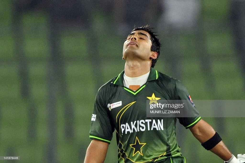 Pakistan' batsman Umar Akmal reacts afte : News Photo