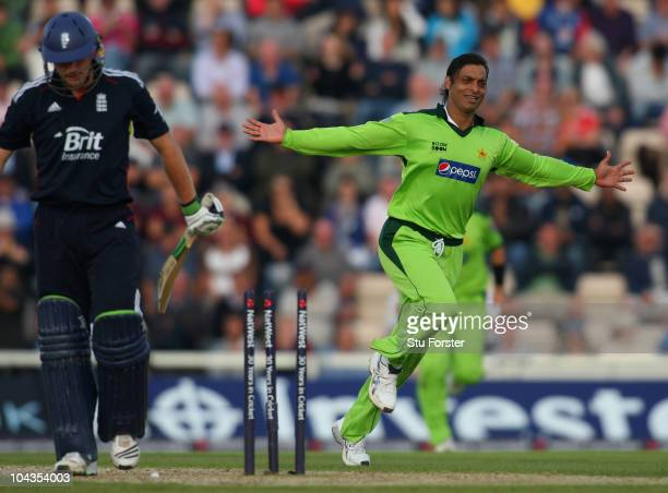 Pakistan bowler Shoaib Akhtar celebrates after bowling England batsman Luke Wright during the 5th NatWest ODI between England and Pakistan at The...