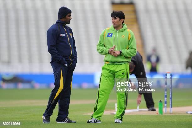 Pakistan captain Misbah ul Haq talks to Sri Lanka's Thisara Perera before the ICC Champions Trophy Warm Up match at Edgbaston Birmingham