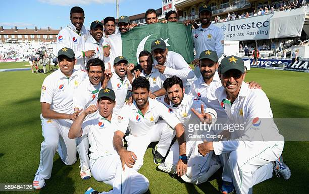 Pakistan celebrate after winning the 4th Investec Test between England and Pakistan at The Kia Oval on August 14 2016 in London England