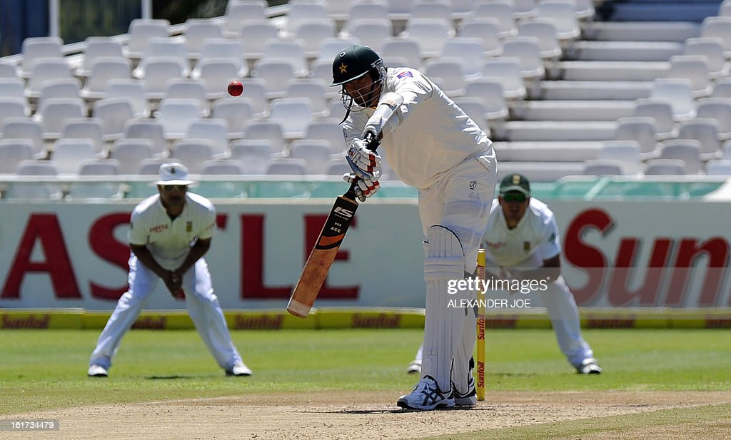 Pakistan cricketer Muhammad Irfan plays a shot off the bowled of unseen South African cricketer Jacques Kallis on day two of the 2nd Test between South Africa and Pakistan, in Cape Town at Newlands on February 15, 2013.