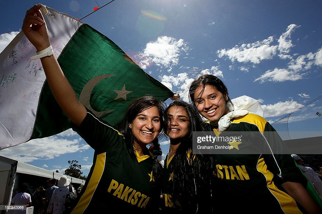Pakistan fans show their support during day five of the 2012 Champions Trophy at the State Netball and Hockey Centre on December 8, 2012 in Melbourne, Australia.
