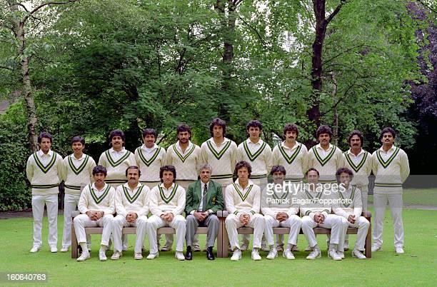 Pakistan group 2nd Test England v Pakistan Lord's June 1987 back row Shoaib Mohammed Asif Mujtaba Ramiz Raja Salim Yousaf Mohsin Kamal Wasim Akram...