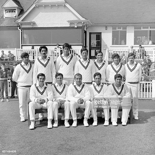 Pakistan team group back row left to right Aftab Gul Asif Masood Sarfraz Nawaz Zaheer Abbas Azmat Rana Sadiq Mohammad and Talat Ali Front row left to...