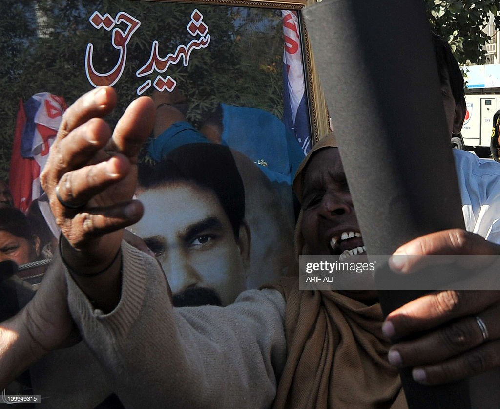 Pakistani Christians shout slogans in protest against the killing of slain Pakistani minister for minorities Shahbaz Bhatti, in Lahore on March 11, 2011. Minority affairs minister Shahbaz Bhatti, an outspoken campaigner against Pakistan's Islamic blasphemy laws, died in a hail of bullets as he left his mother's home in the capital Islamabad on March 2.