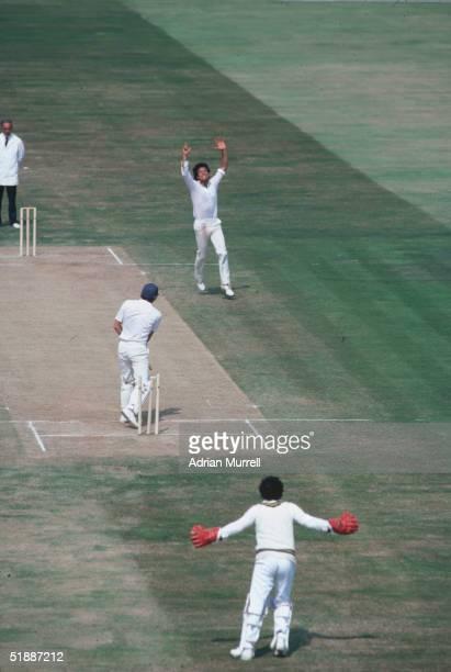 Pakistani cricketer Imran Khan bowls Derek Randall during the First Test Match against England at Birmingham July 1982