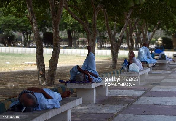 Pakistani men rest in the shade of trees during a heatwave in Karachi on June 23 2015 More than 500 people have died from a threeday heatwave in...
