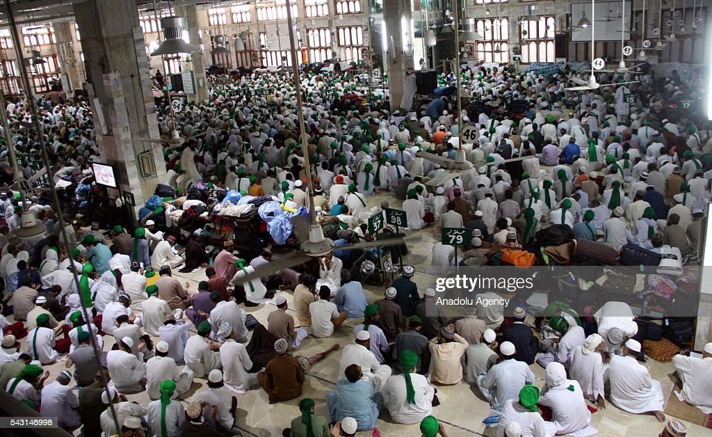 Pakistani Muslims are seen at the Faizan-e-Madinal Mosque for Itikaf which is a spiritual practice, held during the last ten days of Islamic fasting month of Ramadan in Karachi, Pakistan on June 26, 2016. Itikaf devotees spend ten days and nights to worship in the mosque until the end of Ramadan, devoting their time to read the holy Quran and pray to mark Shab-e-Qadr (Night of Destiny).