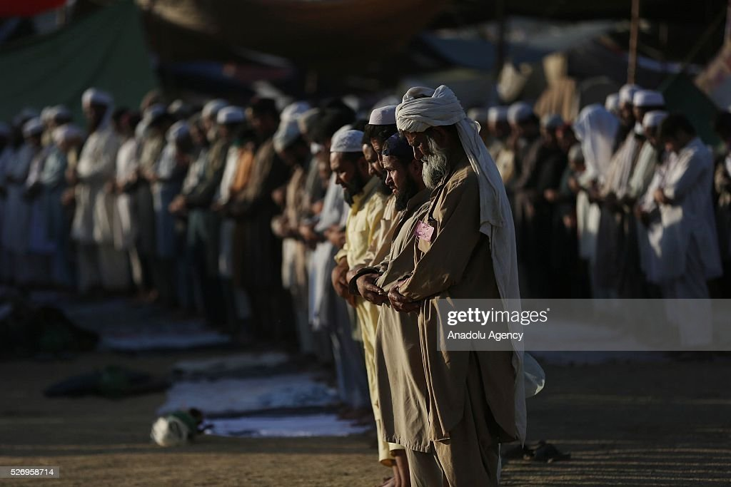 Pakistani Muslims attend the annual Tablighi Jamaat in Islamabad, Pakistan on May 1, 2016.