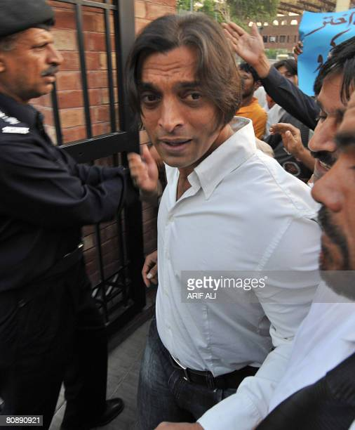 Pakistani paceman Shoaib Akhtar arrives for his ban hearing case in Lahore on April 28 2008 Akthar was banned for five years for criticising the...