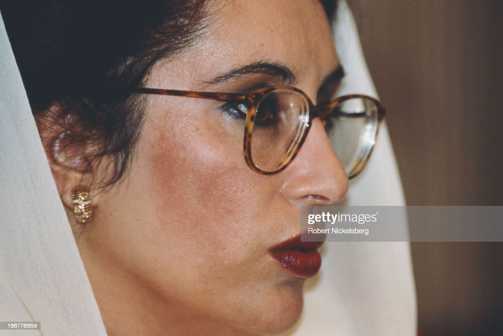 Pakistani politician, stateswoman, and 11th Prime Minister of Pakistan, <a gi-track='captionPersonalityLinkClicked' href=/galleries/search?phrase=Benazir+Bhutto&family=editorial&specificpeople=202012 ng-click='$event.stopPropagation()'>Benazir Bhutto</a> (1953 - 2007), Islamabad, Pakistan, circa 1991.