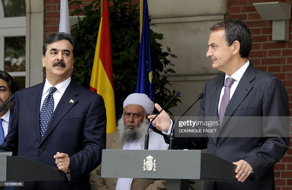 Pakistani Prime Minister Yousuf Raza Gilani (L) and Spain's Prime Minister Jose Luis Gonzalez Zapatero (R) give a press conference after their meeting at the Moncloa Palace in Madrid on June 02, 2010. Pakistani Prime Minister Yousuf Raza Gilani and his delegation are on a visit to Spain organized during the Spanish rotating presidency of the EU.