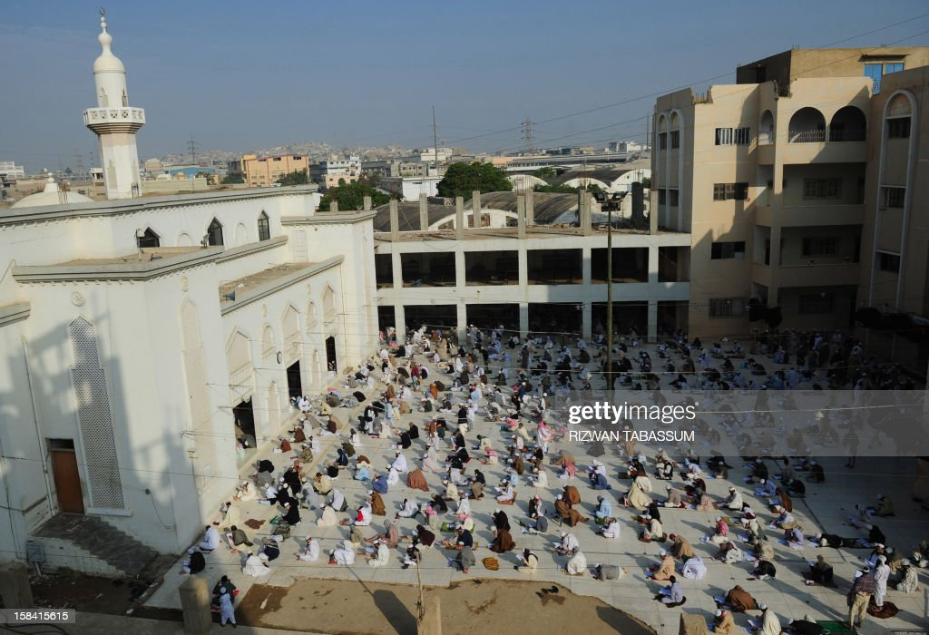 Pakistani seminary students take first term exams at Jamia Binoria, the nation's largest Islamic seminary, in Karachi on December 16, 2012. More than 1,800 students took their first term examinations at the madrasa where Pakistanis and foreigners study. AFP PHOTO/ Rizwan TABASSUM