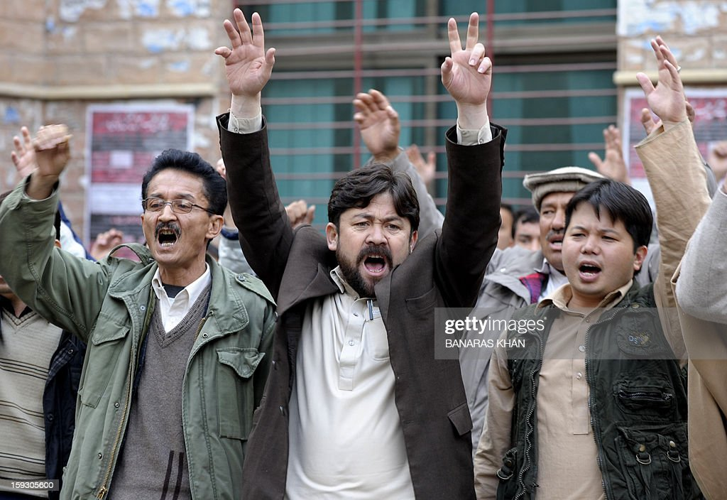 Pakistani Shiite Muslims chant slogans in a protest in Quetta on January 11, 2013, against the bomb attacks. Extremist bomb attacks killed 125 people in one of Pakistan's deadliest days for years, raising concerns about rising violence in the nuclear-armed country ahead of general elections. AFP PHOTO/ Banaras KHAN