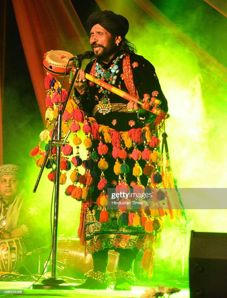Pakistani Sufi musician Sain Zahoor performs during the 11th AmritsarLahore peace festival 'Saanjh' became a platform for Indian and Pakistani...