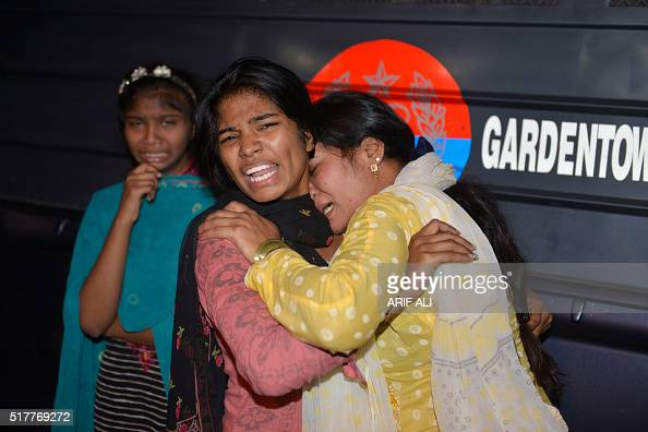 Pakistani women mourn the death of relatives after a bomb blast in Lahore on March 27 2016 At least 25 people were killed and dozens injured when an...