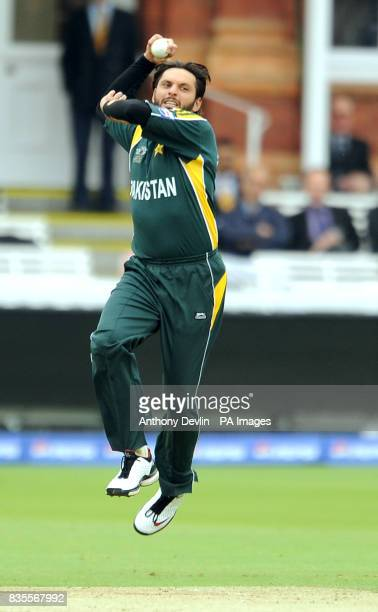 Pakistan's Shahid Afridi bowls during the ICC World Twenty20 match at Lord's Cricket Ground London