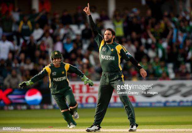 Pakistan's Shahid Afridi celebrates bowling South Africa's Herschelle Gibbs during the ICC World Twenty20 Semi Final at Trent Bridge Nottingham