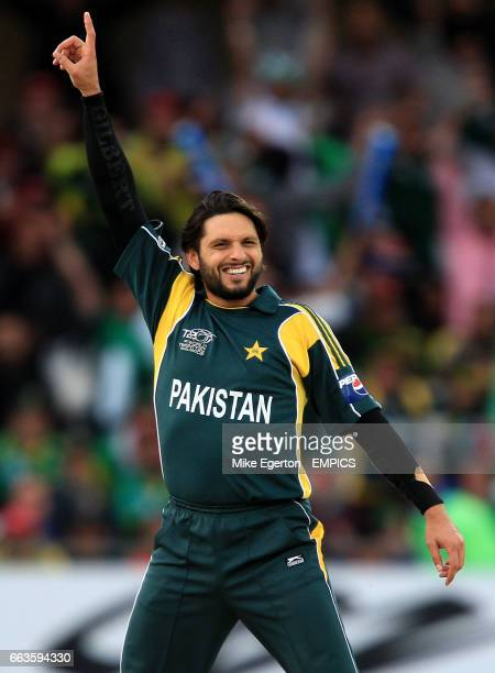 Pakistan's Shahid Afridi celebrates taking a wicket