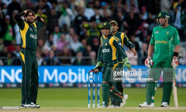 Pakistan's Shahid Afridi has an appeal for South Africa's Jacques Kallis's wicket turned down during the ICC World Twenty20 Semi Final at Trent...