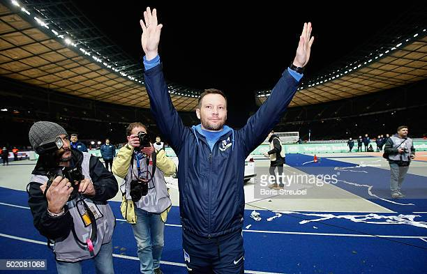Pal Dardai head coach of Berlin celebrates with his fans after winning the Bundesliga match between Hertha BSC and 1 FSV Mainz 05 at Olympiastadion...