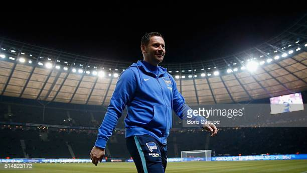 Pal Dardai head coach of Berlin looks on prior to the Bundesliga match between Hertha BSC and FC Schalke 04 at Olympiastadion on March 11 2016 in...