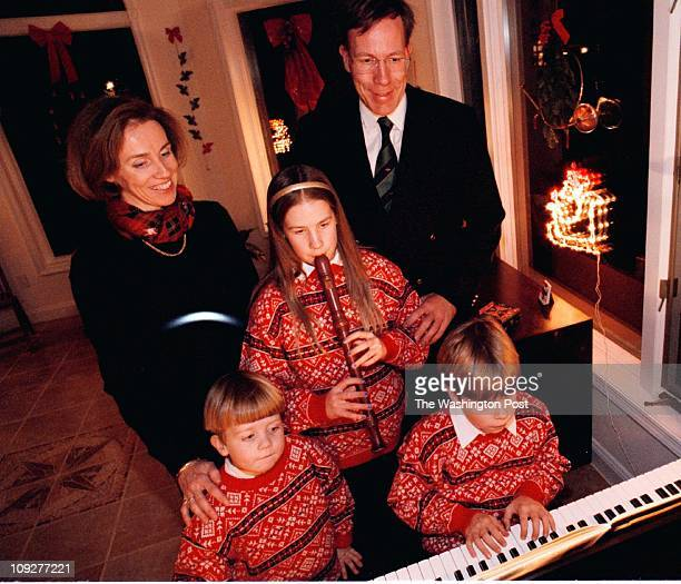 Palatine Ct Potomac MD Pictured The Graverts gather around the family piano for a little caroling They are mom Annette dad Christian daughter...