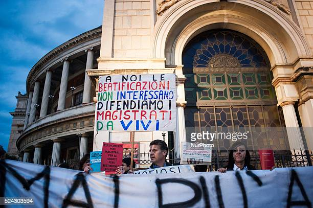 Palermo Dec 20 2013 Thousands demonstrated for extra security measures for prosecutor Nino Di Matteo who has been threatened with death by Mafia...