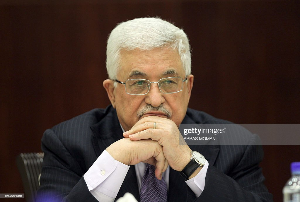 Palestinian president Mahmud Abbas chairs a meeting of the Executive Committee of the Palestine Liberation Organization (PLO) in the West Bank city of Ramallah, on January 29, 2013. AFP PHOTO/ABBAS MOMANI