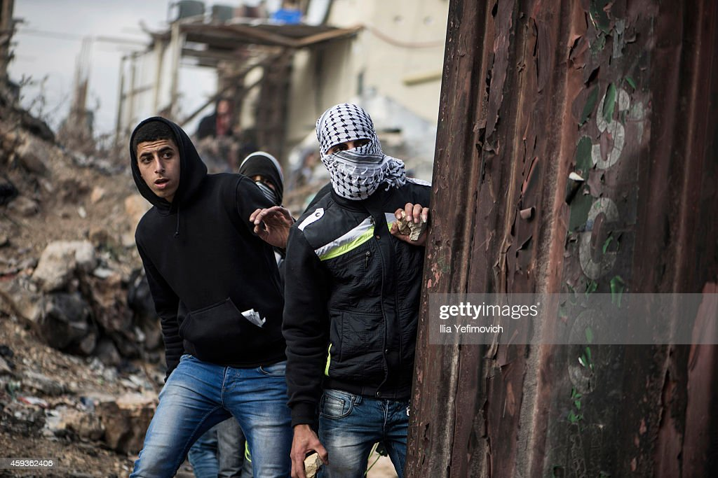 Palestinian youth and the Israeli army clash at the Kalandia checkpoint on November 21 Israel Palestinians in the West bank have clashed with the...
