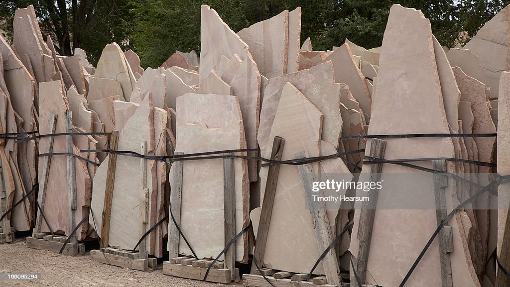 Palettes of rose colored flagstone : Stock Photo