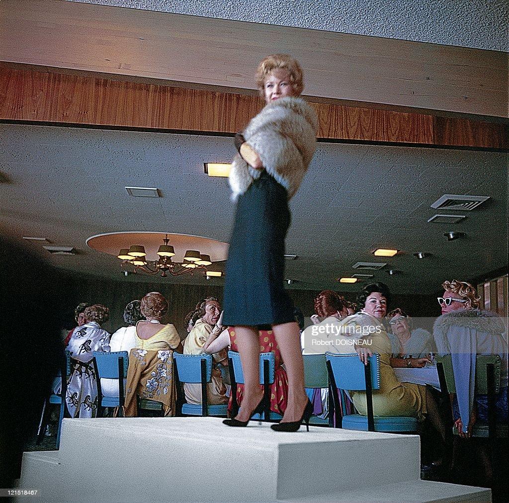 Palm Springs, United States, On January, 1960. Presentation Fur.