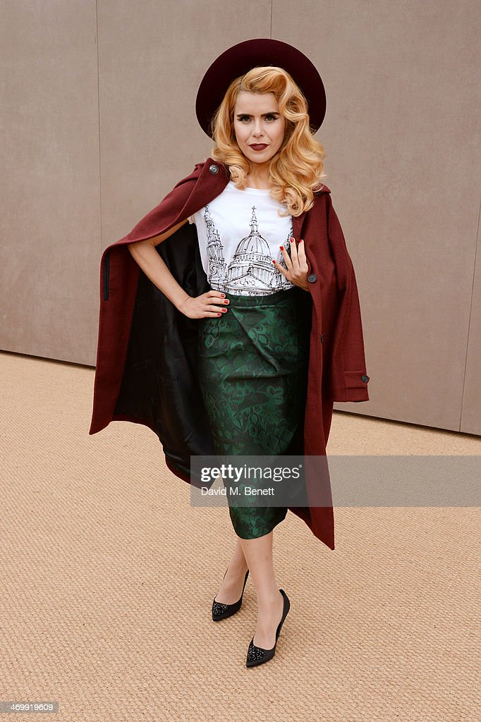 <a gi-track='captionPersonalityLinkClicked' href=/galleries/search?phrase=Paloma+Faith&family=editorial&specificpeople=4214118 ng-click='$event.stopPropagation()'>Paloma Faith</a> arrives at Burberry Womenswear Autumn/Winter 2014 at Kensington Gardens on February 17, 2014 in London, England.