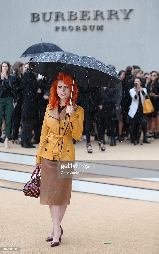 <a gi-track='captionPersonalityLinkClicked' href=/galleries/search?phrase=Paloma+Faith&family=editorial&specificpeople=4214118 ng-click='$event.stopPropagation()'>Paloma Faith</a> attends the Burberry Prorsum show at London Fashion Week SS14 at Kensington Gardens on September 16, 2013 in London, England.