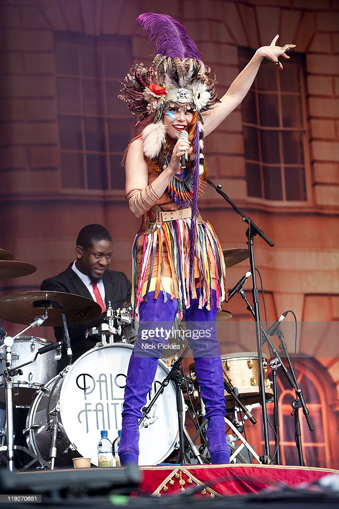 <a gi-track='captionPersonalityLinkClicked' href=/galleries/search?phrase=Paloma+Faith&family=editorial&specificpeople=4214118 ng-click='$event.stopPropagation()'>Paloma Faith</a> performs on day one of the Latitude Festival at Henham Park Estate on July 15, 2011 in Southwold, England.