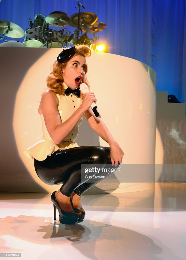 Paloma Faith performs on stage at The Roundhouse on May 27, 2014 in London, United Kingdom.